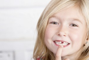 girl missing tooth
